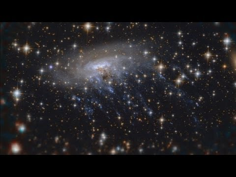 Hubble captures incredible image of galaxy being ripped apart