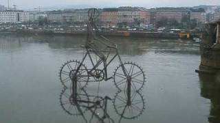Гигантская кинетическая скульптура