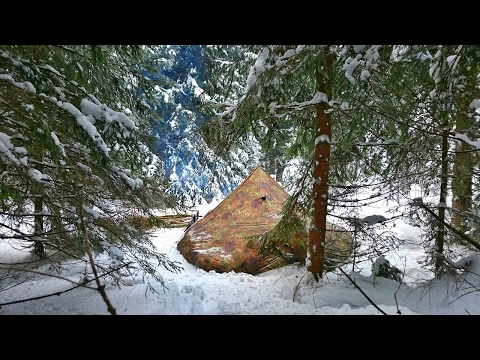 Solo Winter Bushcraft Camp - 4 Days Off the Grid [Full Documentary]