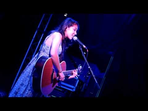 Kina Grannis 14.10.11 - The One You Say Goodnight To (Live in Berlin)