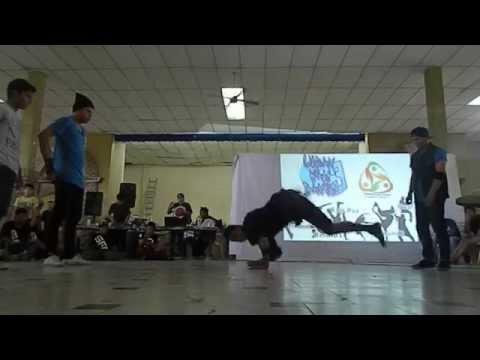Bboy Monkey y Bboy Cuate vs Bboy Chunlee y Bboy Churros | Urban War Dance 3 | (Ronda 1) 2014
