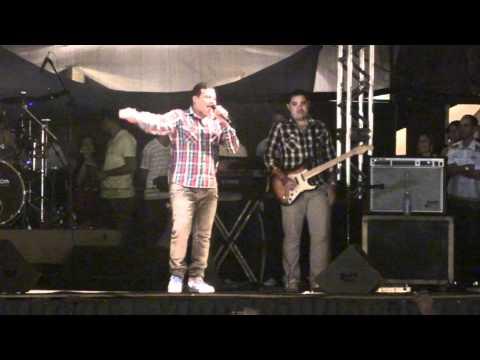 Jesus Vida Verão de Itapetinga Ba 2012   Banda Som e Louvor p1