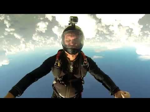 Skydiving from Hawaii to Miami - July 2015