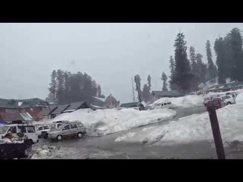 Snowfalls at Sky Resort of Kashmir (Gulmarg)