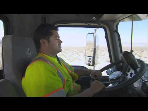Extreme Job... Extreme Truck (Perkins Specialized Transportation)