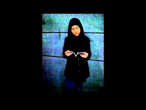 Lomba Baca Puisi Mata Ketiga Cinta - Zerlinda Siswati.wmv