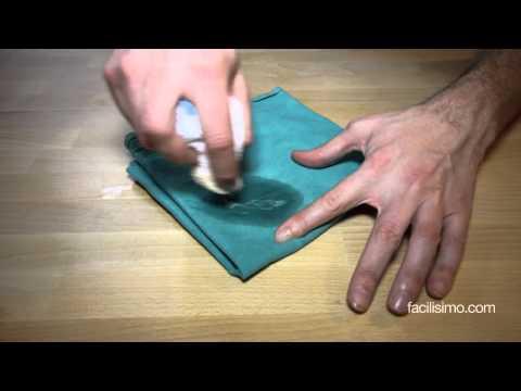 Cómo quitar manchas de pegamento de la ropa | facilisimo.com