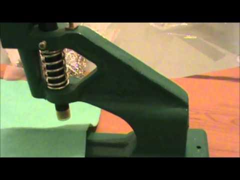 Máquina para colocar remaches ojillos  broches pañaleros