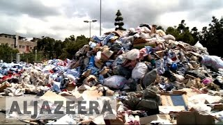 Lebanon struggling with rubbish collection again - ALJAZEERAENGLISH