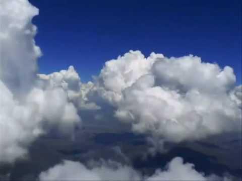 Tango w chmurach -  muzyka Zbigniew Preisner.