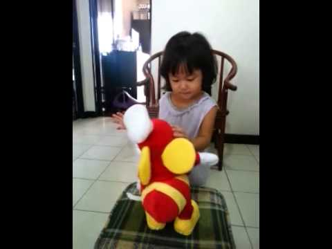 Gabie Monty dancing with Jollibee