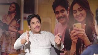 Suma Kanakala interviews Nagarjuna about Manmadhudu 2 - idlebrain.com - IDLEBRAINLIVE
