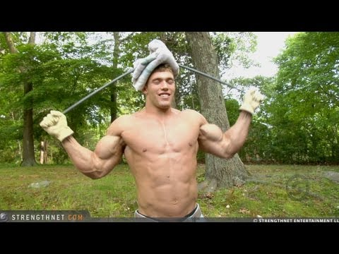 "19-Year Old Bodybuilder Erik Bends 5/8"" Steel Bar into Two Loops"