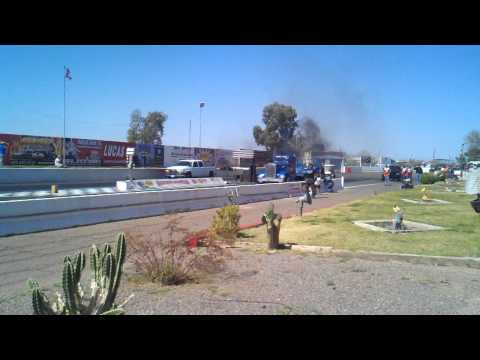 Kenworth Semi Truck Drag Racing 12.27 @ 107
