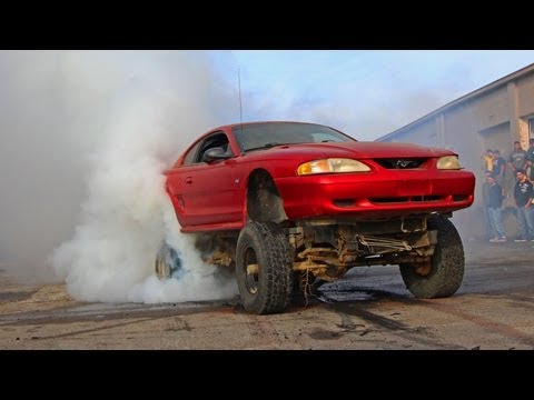 1320Video BURNOUT CONTEST - Part 1 of 2