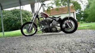 Harley bobber kickstart