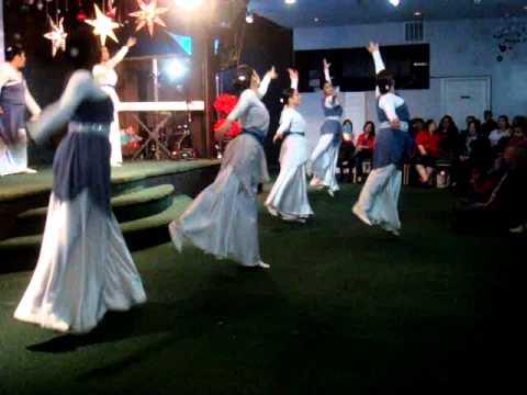 Danza cristiana Magnifico Christine D'clario