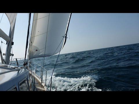 Yachtüberführungen by Navismare | Kiel/Deutschland nach Portimao/Portugal | Segeln