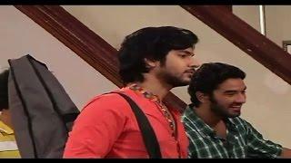 Veera : Veera gifts new guitar to Ranvijay - IANSINDIA