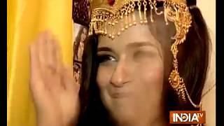 From Chakor-Suraj to Krishna-Radhe, TV stars play their favorite childhood game - INDIATV
