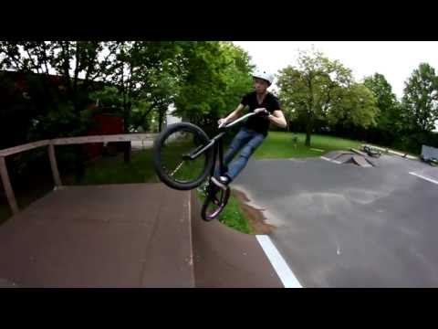 1 Day with Gianluca Mecklenburg ||BMX||
