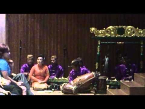 Gamelan Degung-Sanggar Yudha Asri@The Energy Tower, SCBD, Sudirman, Jakarta 18/9/2013