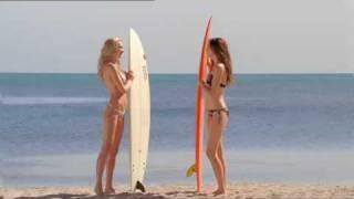 pics Mini anden bikini
