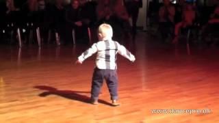 パソドブレを踊る子供のどや顔が可愛い