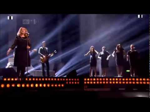 Adele - Rolling In The Deep - BRIT Awards 2012 -MuRFybrzbjQ