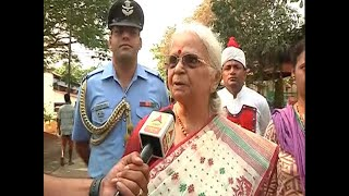 Goa Governor Mridula Sinha defies VVIP culture, casts vote like any other voter - ABPNEWSTV