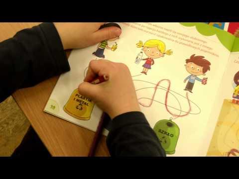 Bawię się w - nauka przez zabawę (gra + książka)