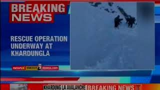 Khardung La avalanche: Three civilians dead, 7 trapped; rescue operations - NEWSXLIVE