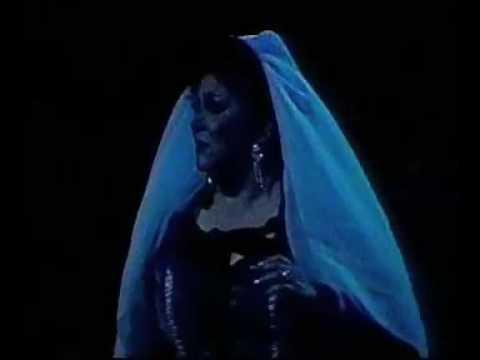 Guillermina Higareda  (Soprano ) Un Baile de Mascaras