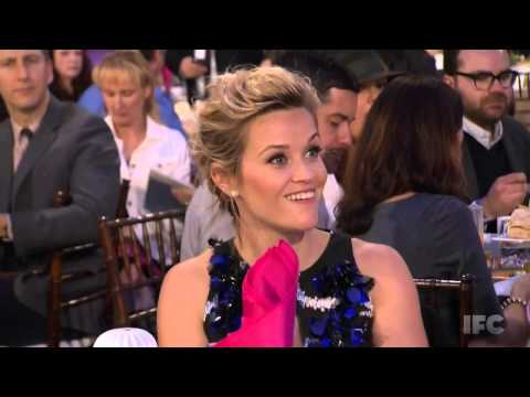 Reese Witherspoon Teleports During Awards