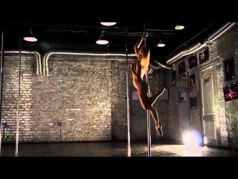 Anastasia Skukhtorova Performing An Awesome Routine To Hallelujah By K.D. Lang