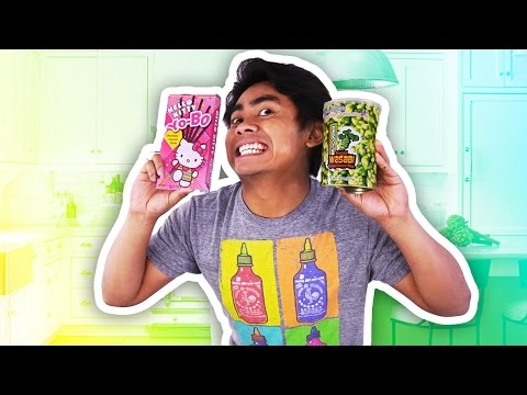 GUAVA JUICE TRIES JAPANESE SNACKS!
