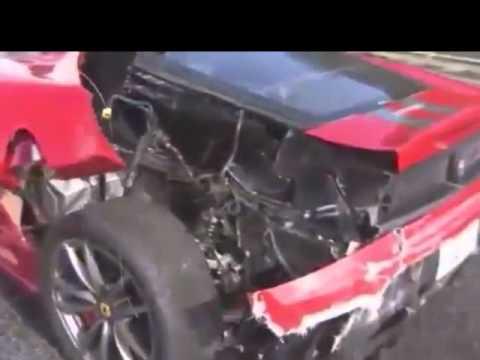 Acidente co carros de luxo no Japão.04.12.2011