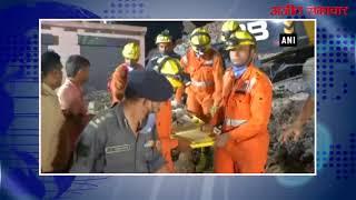 video : ग्रेटर नोएडा हादसे में अबतक 9 लोगों की मौत, रेस्क्यू ऑपरेशन जारी
