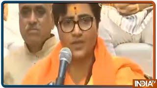 Sadhvi Pragya Thakur अपने Torture की कहानी सुनाते हुए हुई भावुक - INDIATV