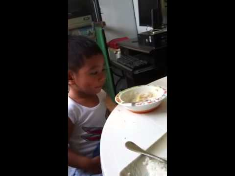 Kuya Audi eating on his own