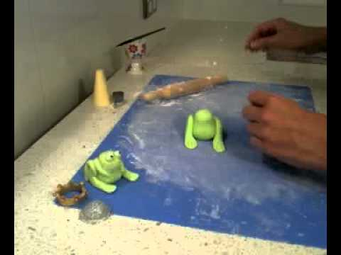 How to make a fondant frog