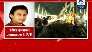 40 MLAs at Gadkari's residence urging his return in state politics as CM! - ABPNEWSTV