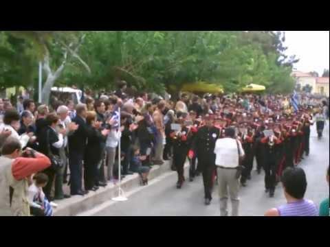 Λαύριο - Μαθητική παρέλαση 28ης Οκτωβρίου 2012