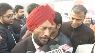 Milkha Singh backs Modi govt's effort to rid India of poverty - TIMESOFINDIACHANNEL
