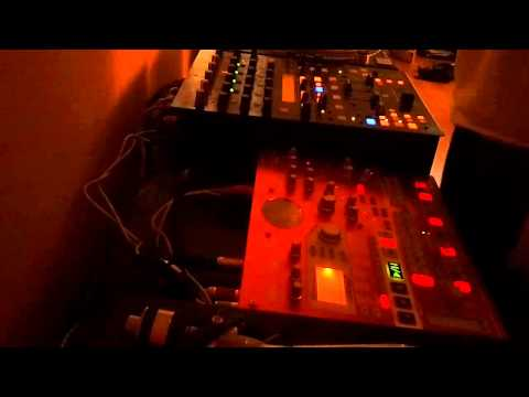 Korg Electribe ESX-1 136BPM Oldschool Techno Jam by Rascal #1