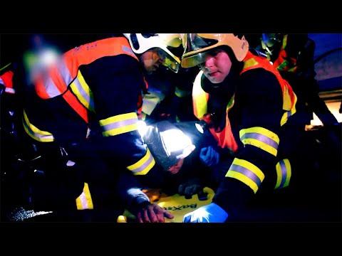 Autoperiskop.cz  – Výjimečný pohled na auta - Roztržitost za volantem je příčinou až čtvrtiny dopravních nehod. Manipulace s telefonem zvyšuje riziko až dvanáctinásobně