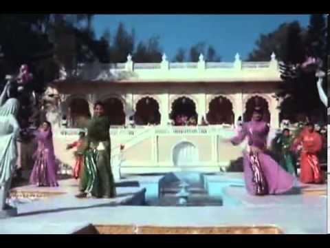Ajooba   Amitabh Bachchan,Rishi Kapoor , Dimple Kapadia   Sonam   YouTube