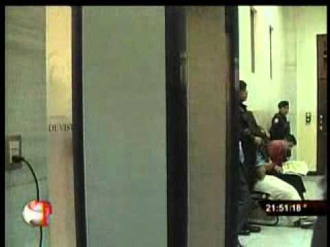 23 01 12 TELECENTRO NOCHE  La detención de varios supuestos zetas  por masacre de Peten  ya tiene colaborador eficaz
