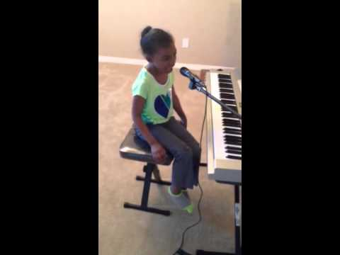 Carly Rae Jepsen - Call Me Maybe (Cover by 7 year old) New