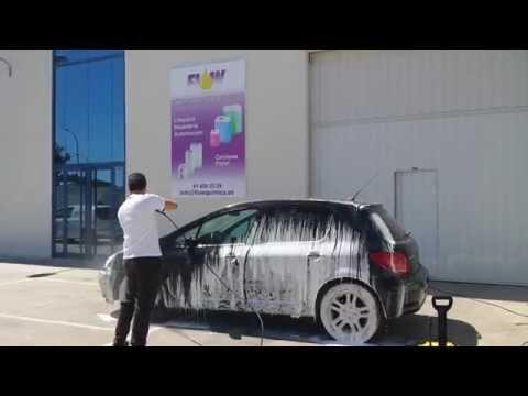 Nueva espuma para limpieza de coches sin esfuerzo